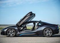 2015 BMW i8 Hybrid Super Car 3