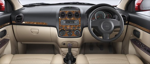 Chevrolet Enjoy MPV Interiors
