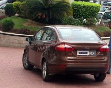 Ford Fiesta Facelift Sedan Spyshot 3