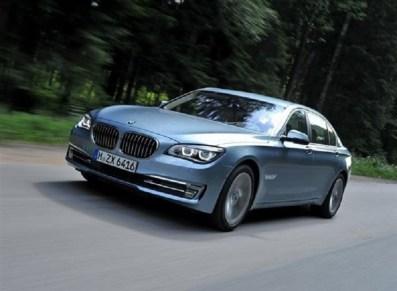 BMW 7 series ActiveHybrid front three quarters