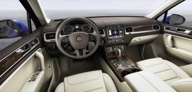 2015 VW Touareg interiors
