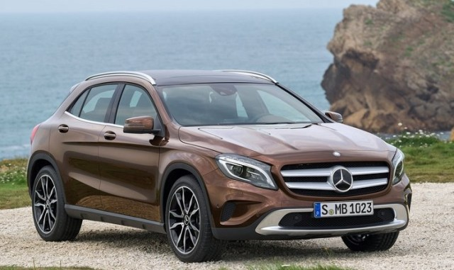 2014 Mercedes Benz GLA Luxury Crossover Image