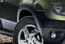 Renault Duster Wheel and Bumper Cladding