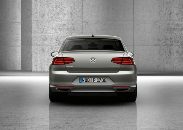 2015 Volkswagen Passat B8 Luxury Sedan 7