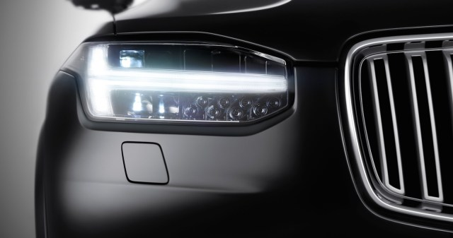 2015 Volvo XC90 SUV Teaser Pic