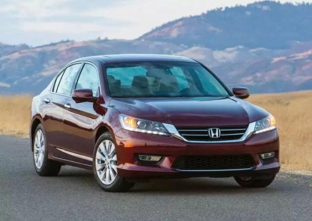 US-Spec 9th Generation Honda Accord Luxury Sedan Pic