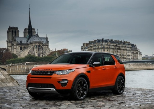 2015 Land Rover Discovery Sport SUV Front