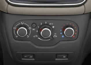 Renault Lodgy MPV 9