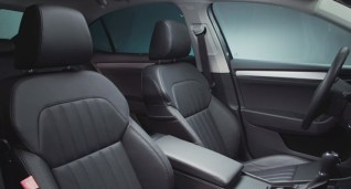 016 Skoda Superb Luxury Saloon Front Seats