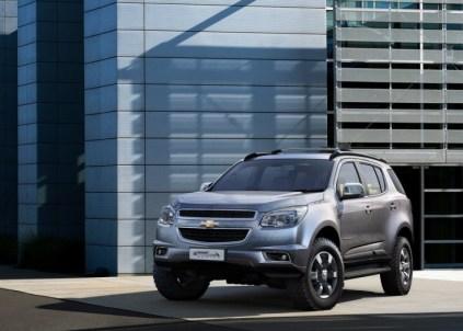 Chevrolet TrailBlazer SUV Front
