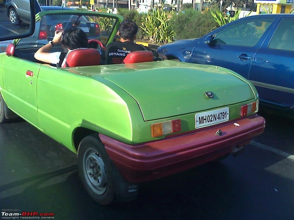 Green-pink Maruti 800 convertible