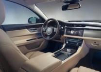 2016 Jaguar XF Luxury Saloon 4
