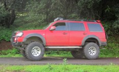 Ford Endeavour 4X2 Custom 2
