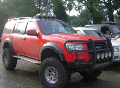 Ford Endeavour 4X2 Custom 3