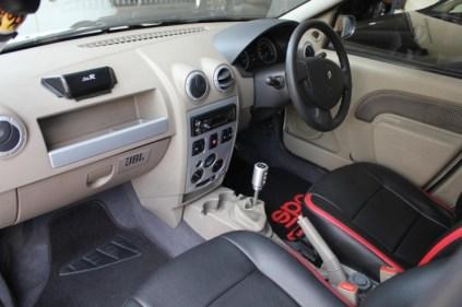Mahindra Logan Sedan Custom 3