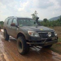 Vishnu Rajam's Ford Endeavour Off Road Custom 2