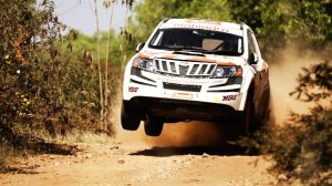 xuv500 features