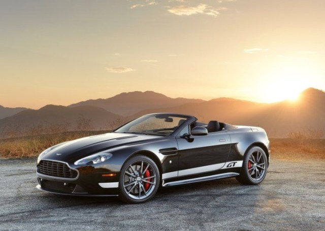 Aston Martin Vantage V8 Roadster 1