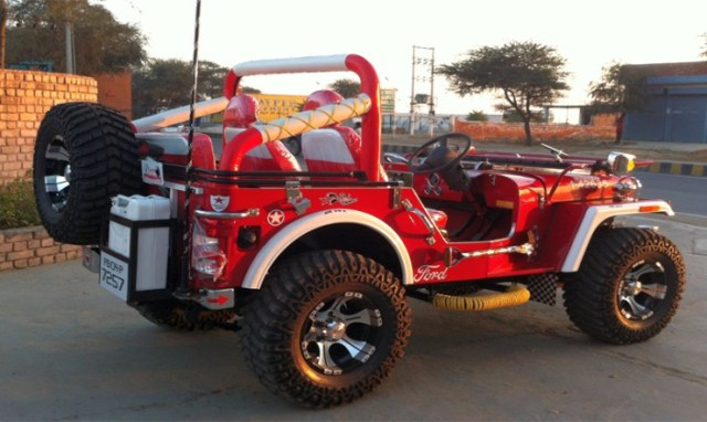 Extra modified Jeep 1