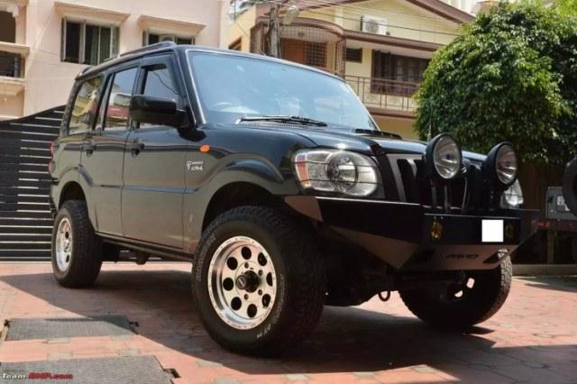 Mahindra Scorpio LX 4X4 Custom 1