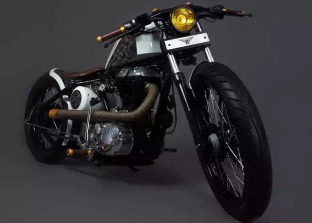 Mean Green Customs' MG-07 Bobber 1