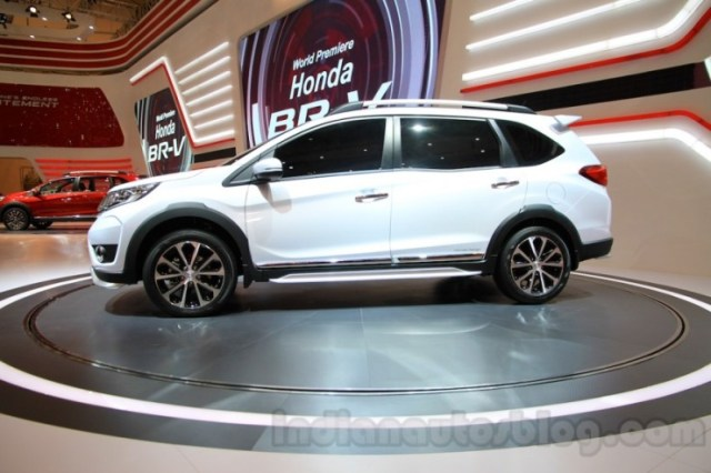 2016 Honda BR-V Compact SUV 4