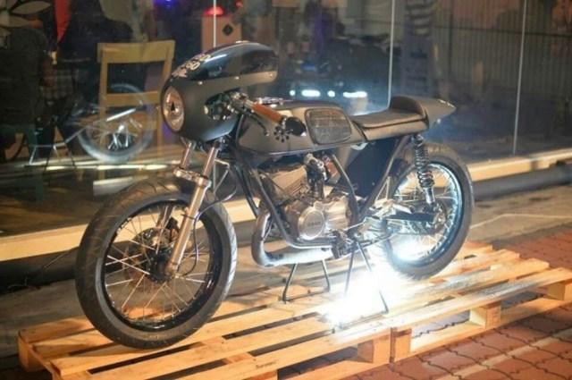 Yamaha RX-Z Cafe Racer Custom