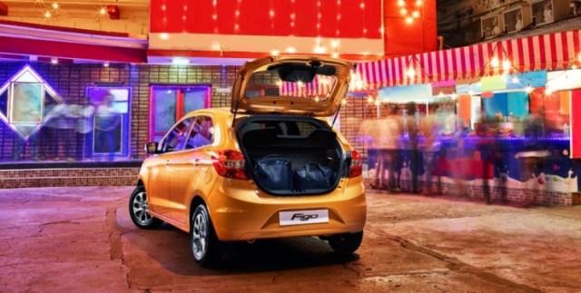 2015 Ford Figo Hatchback 5