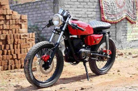 Crossover Kustoms' Yamaha RX135 Cafe Racer 1