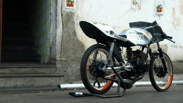 Yamaha RX135 Dragster 4