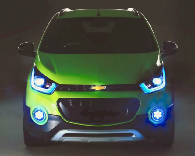 Chevrolet-Spark-cross-concept-Chevrolet-Beat-Cross-concept-768x614