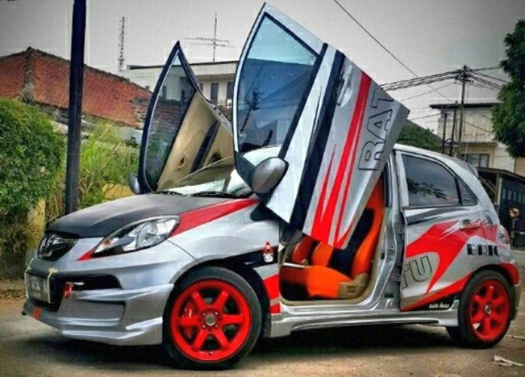 Scissor Doors The Good Bad And Ugly From Maruti Swift To