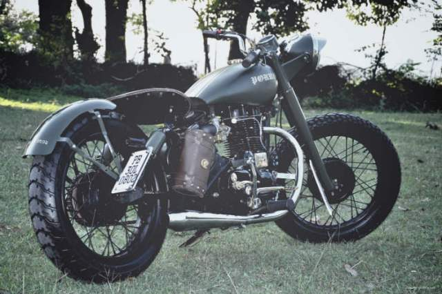 Royal-Enfield-Custom-by-Bambukaat-MC-4