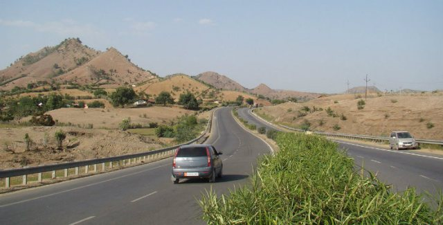 1280px-National_highway_841