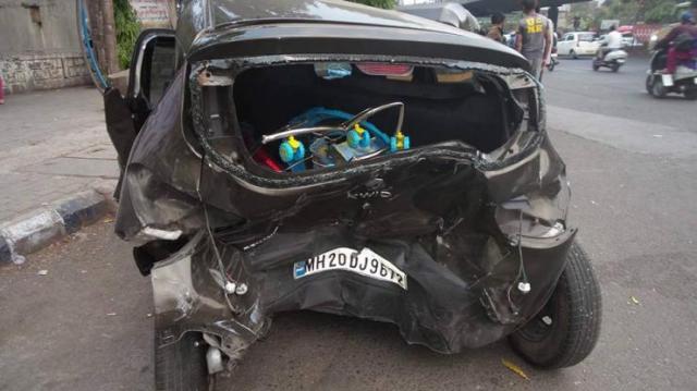 Kwid Crash