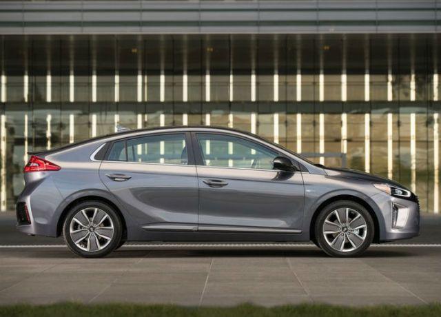 Hyundai-Ioniq_US-Version-2017-800-10
