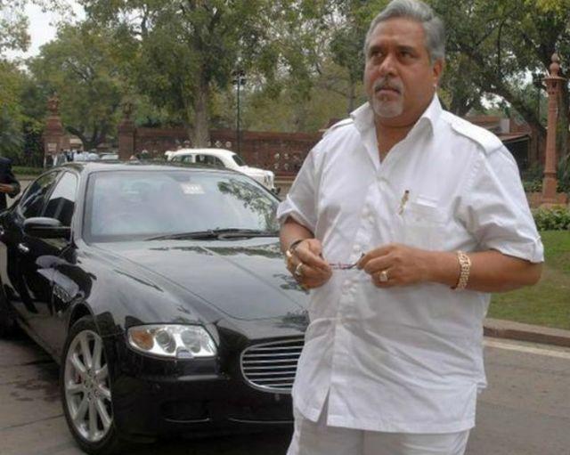Vijay-Mallya-with-his-Maserati-Quattroporte