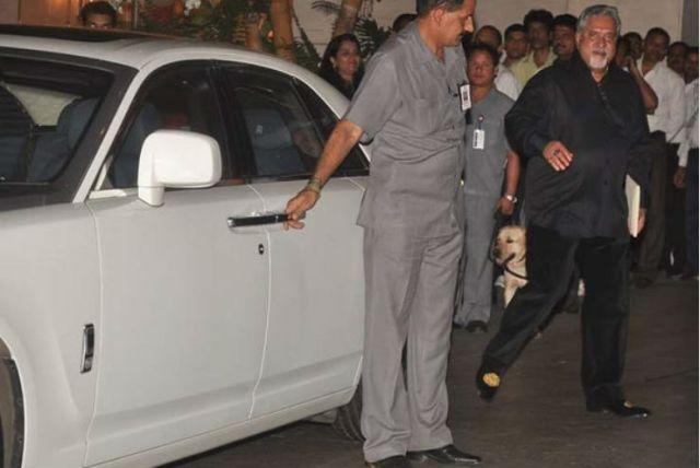 Vijay-Mallya-with-his-Rolls-Royce-Phantom