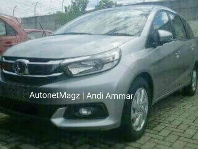 New-Honda-Mobilio-facelift-spied-Indonesia-1024x773