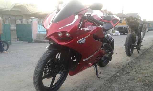 Ducati Panigale_Replica_1