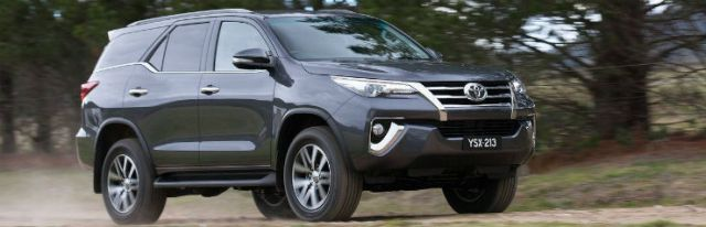 Toyota-Fortuner-2016-1280-0c