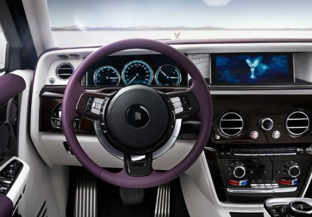 Rolls-Royce-Phantom-2018-1024-09