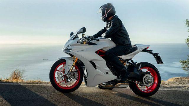 Ducati SuperSport_1