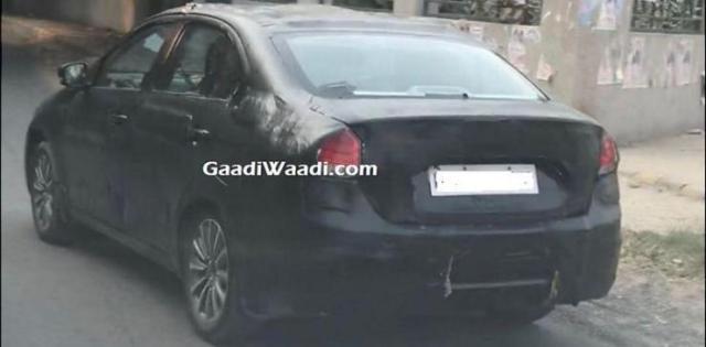 Maruti Ciaz Facelift Spyshot 3