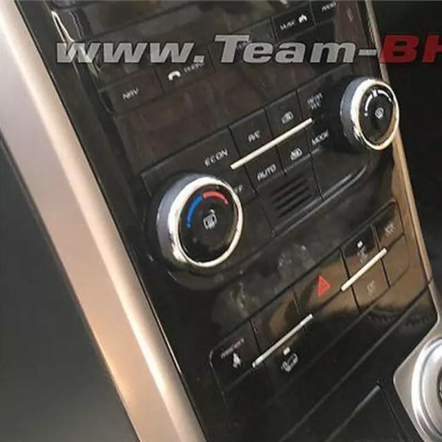 2018 mahindra xuv500 images interior dashboard