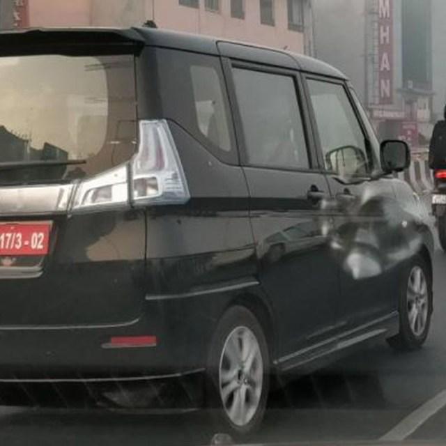 maruti wagon r 7 seater images