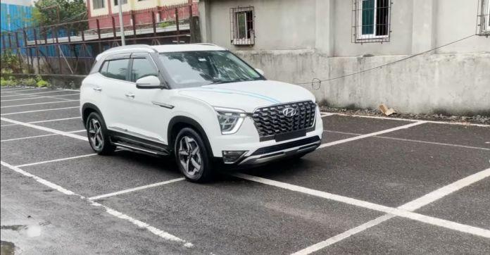 Hyundai Creta का बेस E वेरिएंट Alcazar . जैसा दिखने के लिए संशोधित