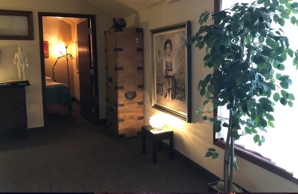 Lobby of Caruso Acupuncture in Ohio