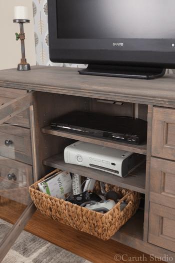 Organized-media-room-gaming-stuff