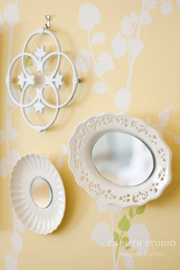 Mirrored plates and trivet